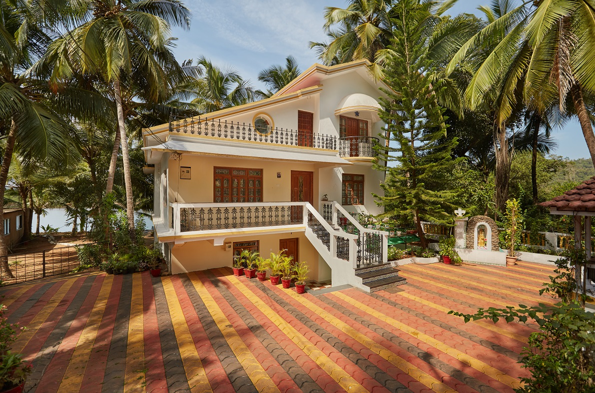 Two Bedroom Self-Service AC Apartment, Talpona, Goa front entrance