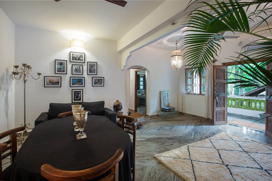 One Bedroom AC Apartment Patnem - Living - Dining Room